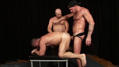 Description Jack Handler,Randy Harden,Jake Mitchell and Eddie(May 01,2014)