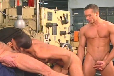 [Pacific Sun Entertainment] Horny Machine Men Have Deep Anal Sex At Work