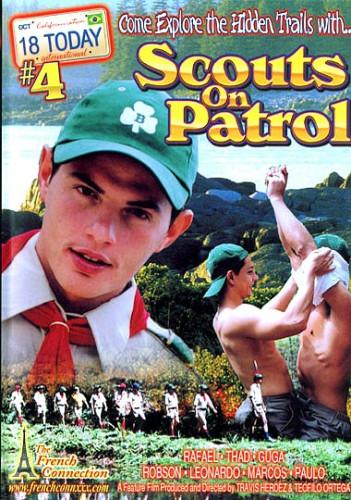 18 International 4 - Scouts On Patrol