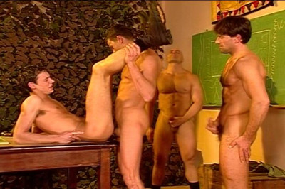 A Bunch Of Army Guys Enjoy An All Male Fuck Fest