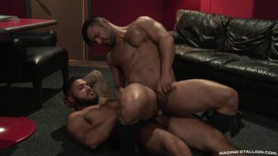High N' Tight, Scene #2 : Bruno Bernal & Ryan Cruz
