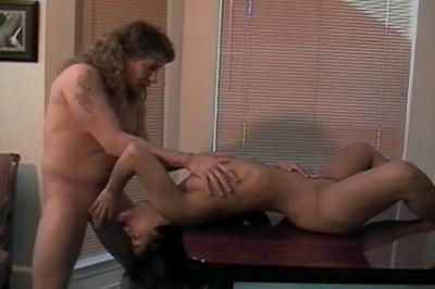 Lonestar Virgins 4, scene 1