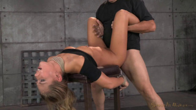 Carter Cruise Tied