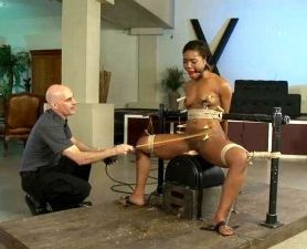 An Expressive Submissive