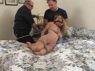 Bedroom - Vibed - Goldie Blair