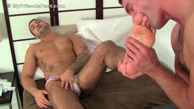 Worshiping Eddie's Feet