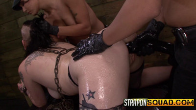 StraponSquad – Jan 27, 2015 – Jynx Hollywood Begs For Double Penetration