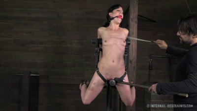 IR – Elise Graves – Scream Test Part II – November 22, 2013 – HD