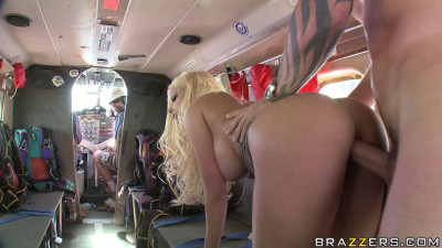 Blonde Take Part In A Sexual Adventure