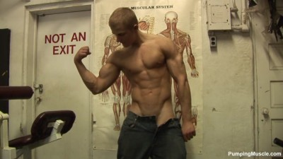 Pumping Muscle -  Bodybuilder Alan C Photoshoot