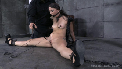 Mandy Muse – Freshly Chained – Only Pain HD