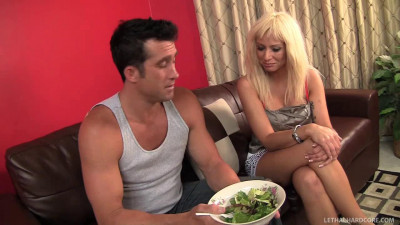 Hottie Isabella Uses Salad Dressing to Lick Butt