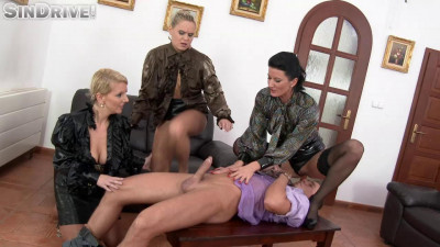 Slave Of The Day Freaks Get Their Pee On Celine Noiret, Barra Brass, Luci Angel (2016)