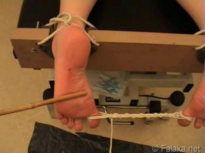 Michelle's Punished Feet – Falaka