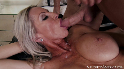Mature Lady Gets Satisfied 1