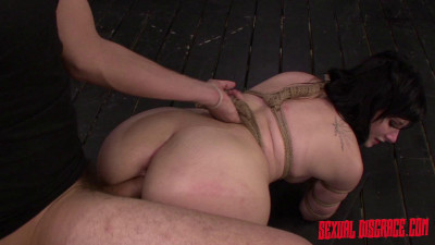 Montana Sky – Montana Sky's First Porn Video In Bondage For The Sybian & Rough Sex (2015)