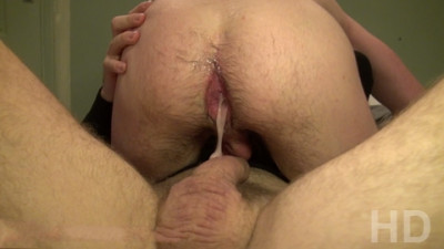 Ericvideos - Enzo gets plowed and filled up by Peto Coast XXL _HD
