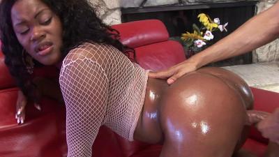Ebony babe is perfect for hard banging