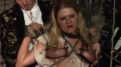 Die Schankmaid In Der Hexenschänke