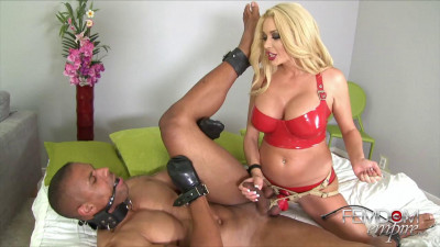 Summer Brielle Blonde Bitch Blackmail (2014)