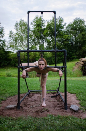 IR - Bella Rossi - The Farm: Bellas Visit Part 2 - Sep 12, 2014