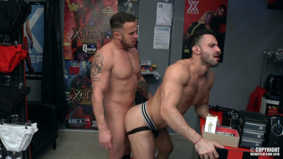Amateur muscular boys - anal sex, muscle studs, first scene