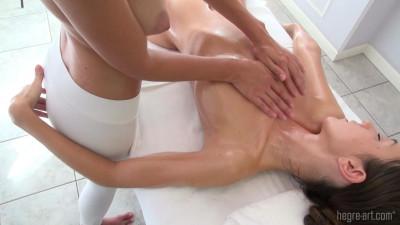 Engelie & Kiki - Girl Girl Massage