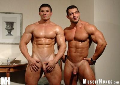 MuscleHunks – Arkady Zadrovich And Uberto Ugo