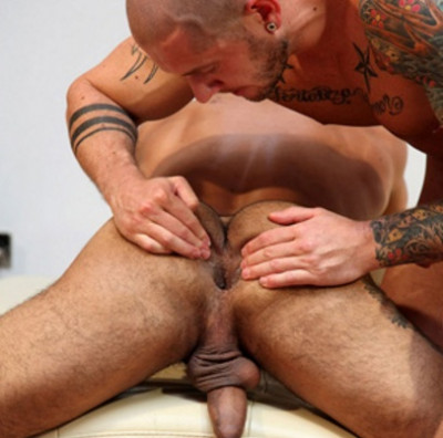 Latin muscle men like awesome cocks