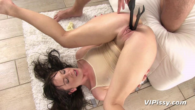 Sexy Chick Cant Hold Her Own Piss In any Longer