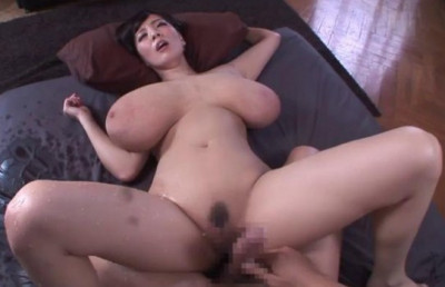 Pleasure Convulsions With Monster Tits
