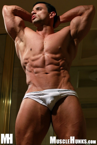 MuscleHunks - Macho Nacho: Nacho's Gym (2009)