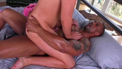 Hung Black Stud Robert Axel Pounds Feminine TS Beauty Aspen Brooks' Asshole – May 16, 2016