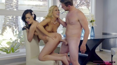 Cherie Deville, Gia Paige — Heat Of The Moment FullHD 1080p