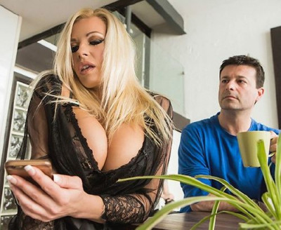Michelle Thorne — Fucking The Invisible Man