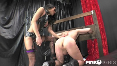 PinkoTGirls  Melissa Pozzi The big cock of the dominatrix