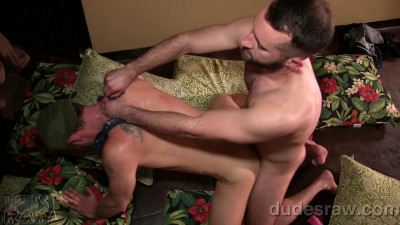 DudesRaw – Whored Out & In – Christian Matthews & Tanner Shields