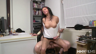 Anna Seven — Throating The Interviewee