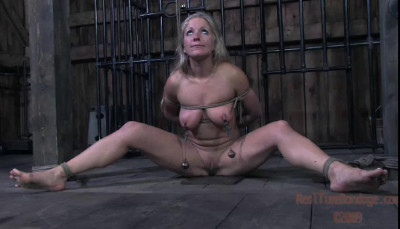 Realtimebondage — Fourth Of July MindFuck featuring Dia Zerva — (July 4 2009)