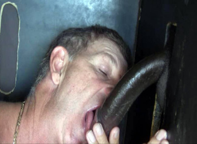 Tyson's Massive Cock Gets Serviced through Gloryhole (576p)