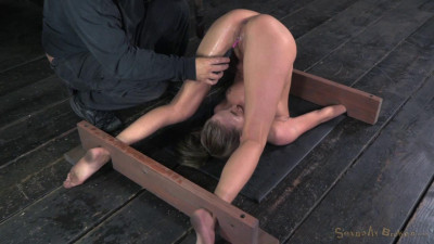 Brutal Orgasms! Massive Squirting!