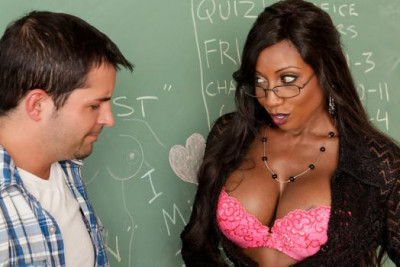 Description Diamond Jackson Is An Ebony MILF Sex Teacher