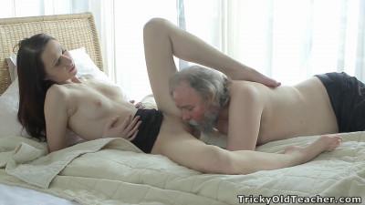 Skinny Teen Fucked By Kinky Old Guy (1080)