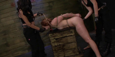 Daniels And Lexy Tie Rose Red To The Sybian