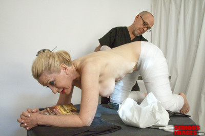 SI — SubMissAnn Slave Position Fiberglass Encasement