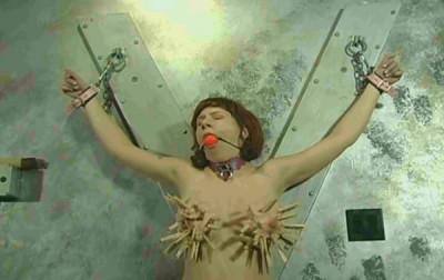 Extreme Tit Torment For Vivien