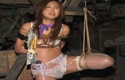 Super bondage, strappado and torture for beautiful japanese girl