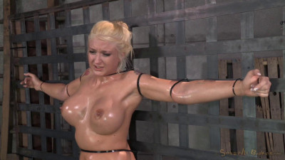 Leya Falcon ziptied onto a sybian