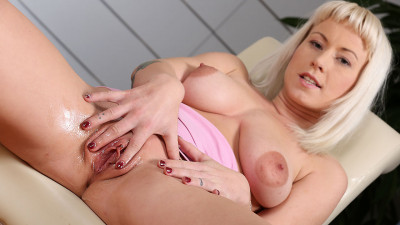 Licky Lex — Cute blonde Licky (2016)