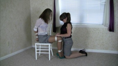 Belle Davis and Elizabeth Andrews : Belle's Rope Review